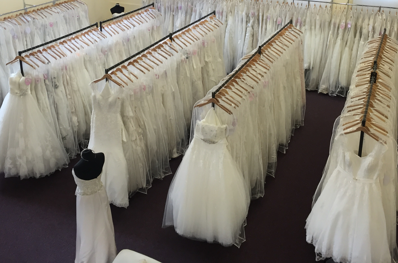 wedding dresss outlets
